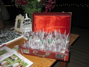 Wedding Favor Cake Pops/Vintage Suitcase