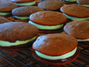 Thin Mint Whoopie Pie
